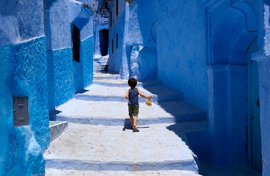 blue-town-walls-chefchaouen-morocco-11
