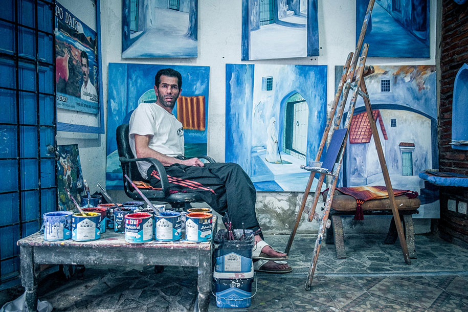 blue-town-walls-chefchaouen-morocco-18