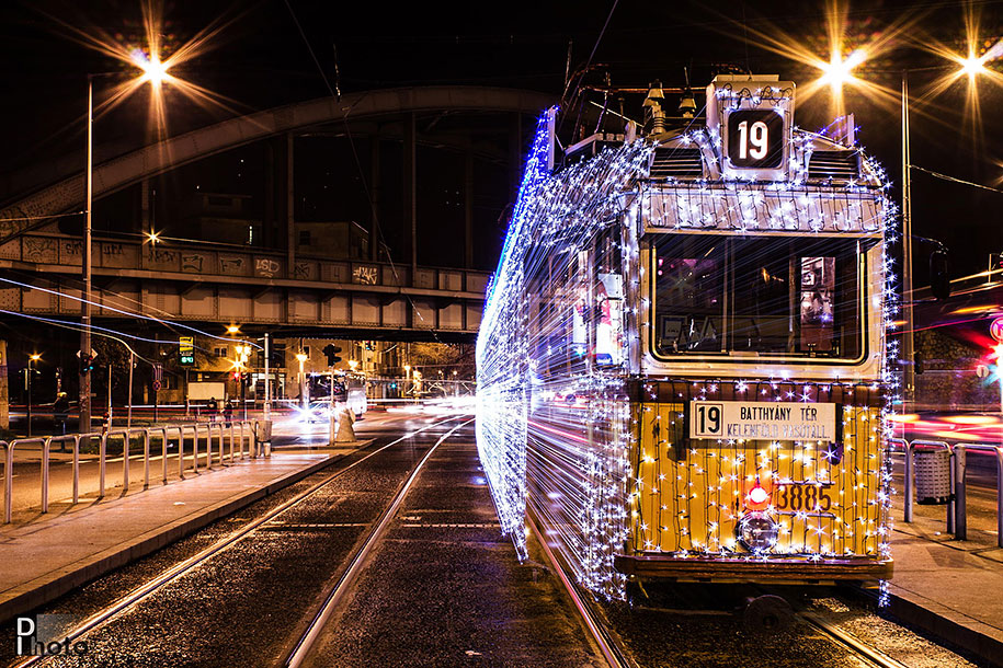 christmas-tram-budapest-led-lights-long-exposure-4