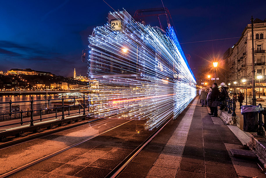 christmas-tram-budapest-led-lights-long-exposure-8