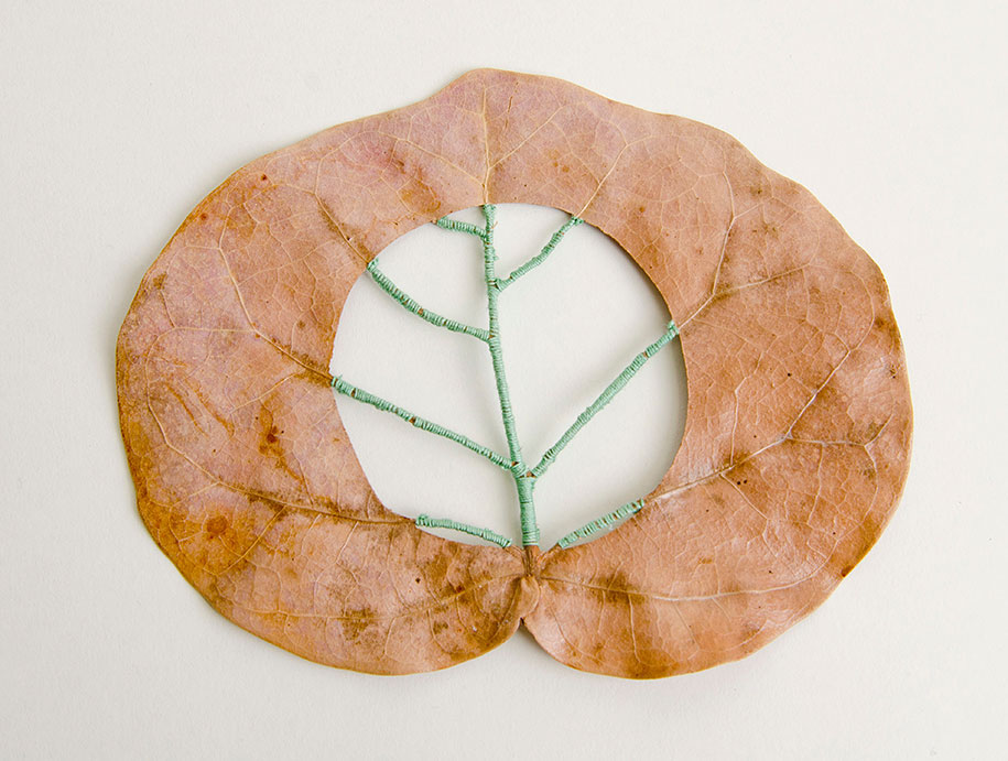 embroidery-art-stitched-leaves-hillary-fayle-11