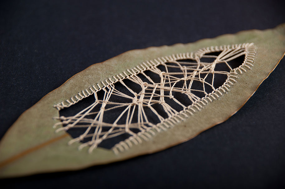 embroidery-art-stitched-leaves-hillary-fayle-8