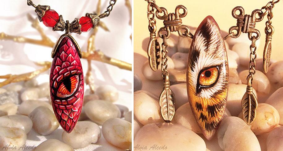 fantasy-creatures-stone-painting-necklaces-alvia-alcedo-12