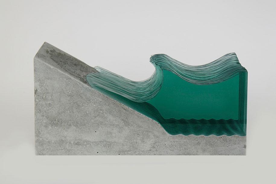 glass-sheets-wave-sculpture-ben-young-2