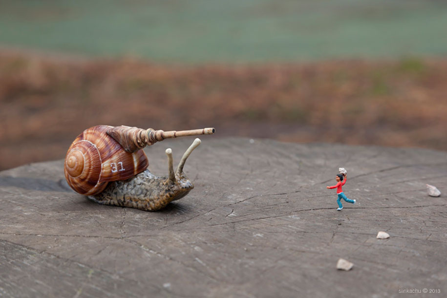 little-people-project-diorama-art-slinkachu-32