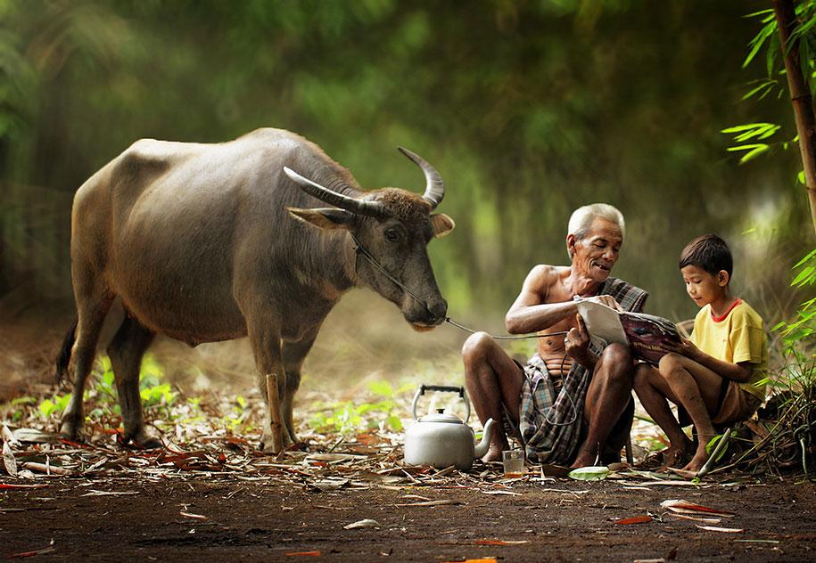 village-life-indonesia-herman-damar-4