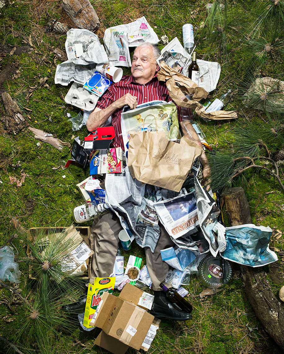 7-days-of-garbage-environmental-issues-photography-gregg-segal-6