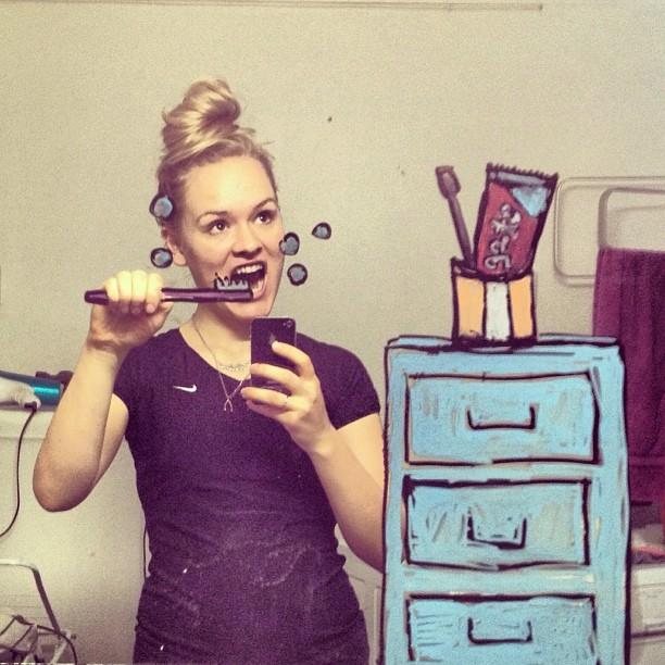 bathroom-mirror-selfies-funny-illustration-art-mirrorsme-5