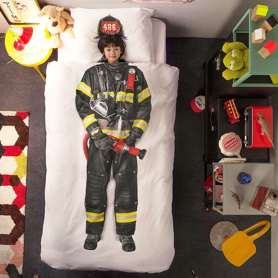 creative-bed-covers-wraps-bedding-16