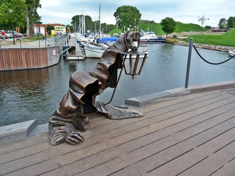creative-statues-interesting-sculptures-9