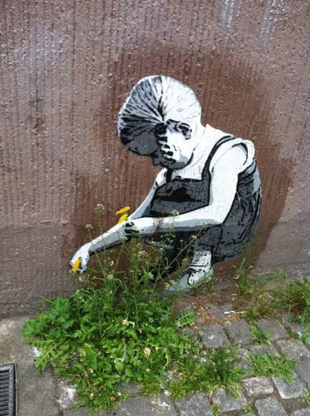 street-art-interacting-with-nature-surroundings-12