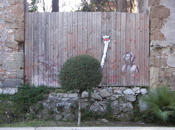 street-art-interacting-with-nature-surroundings-37