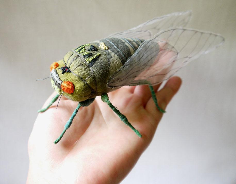 textile-art-fabric-sculptures-insects-moths-butterflies-yumi-okita-2
