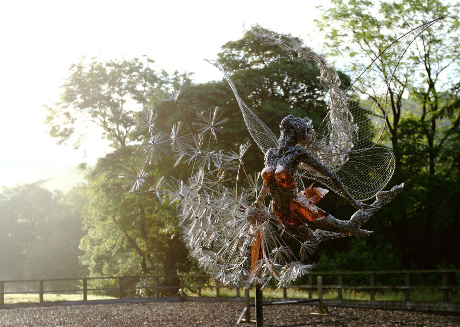 wire-fairy-dandelion-sculptures-fantasywire-robin-wight-6