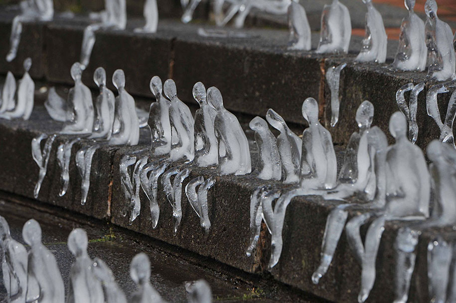 first-world-war-commemoration-ice-sculptures-birmingham-nele-azevedo-3