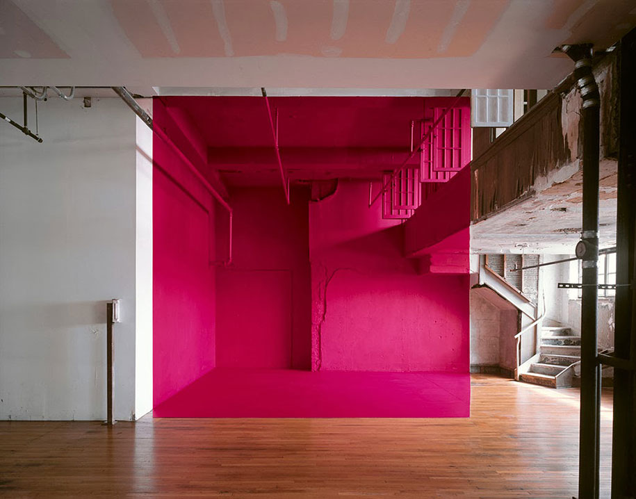 forced-perspective-art-bending-space-georges-rousse-12