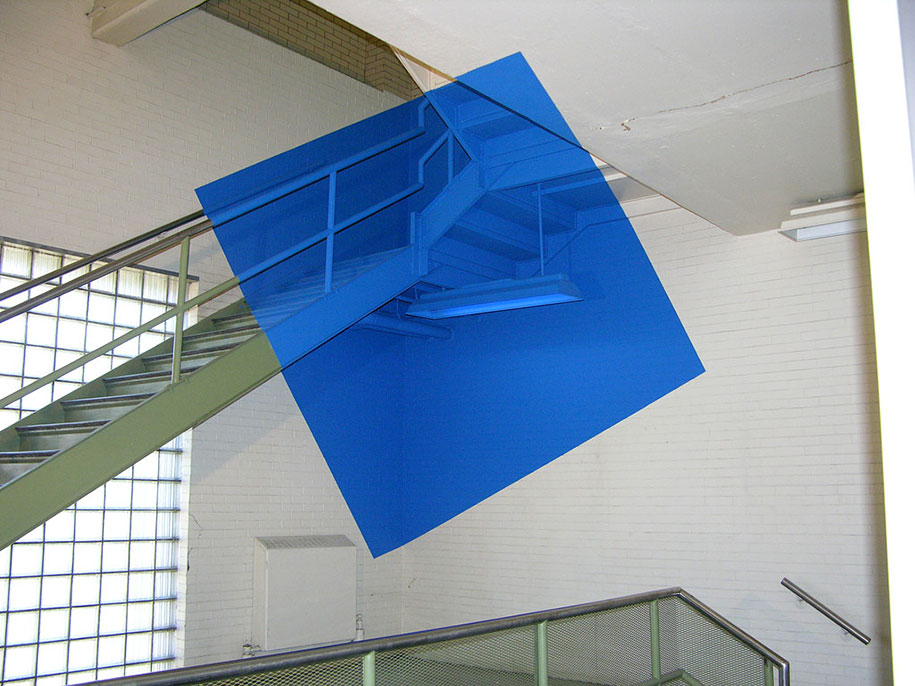 forced-perspective-art-bending-space-georges-rousse-6