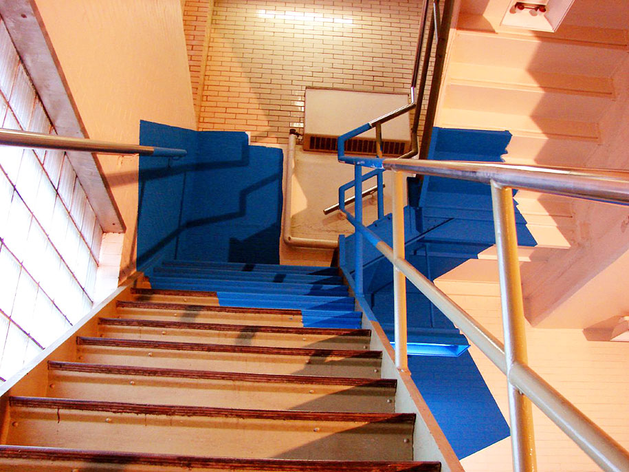 forced-perspective-art-bending-space-georges-rousse-7