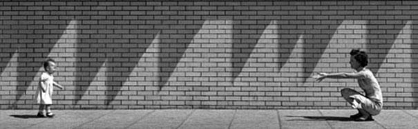 hong-kong-black-and-white-street-photography-ho-fan-25
