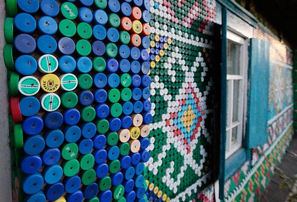 plastic-bottle-creative-recycling-design-ideas-31