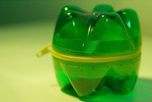 plastic-bottle-creative-recycling-design-ideas-47