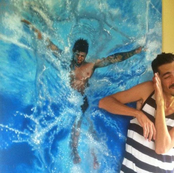 realistic-paintings-water-swimming-people-gustavo-silva-nunez-7
