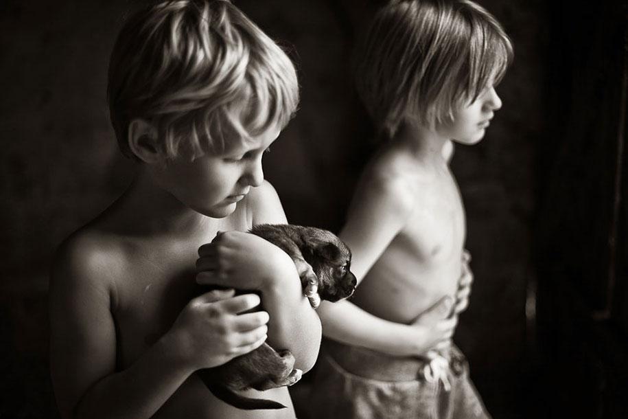 summertime-countryside-children-photography-izabela-urbaniak-7