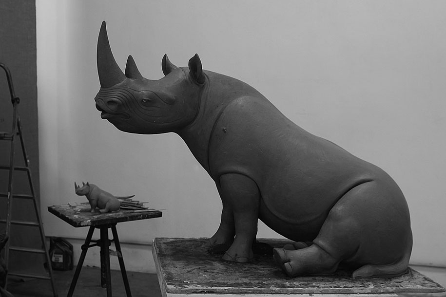 dreams-surreal-animal-sculptures-wang-ruilin-1
