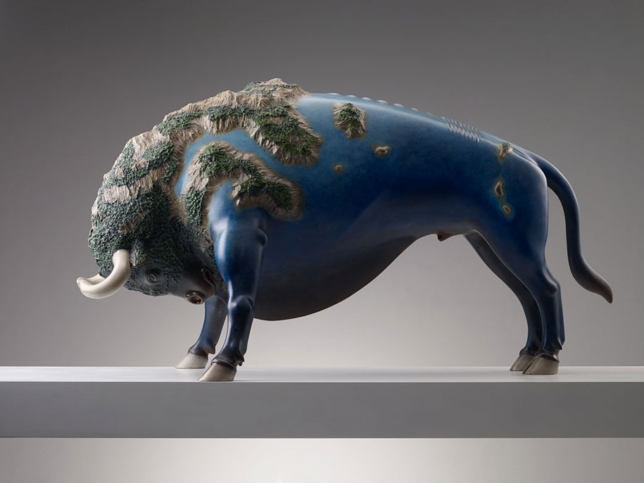 dreams-surreal-animal-sculptures-wang-ruilin-20