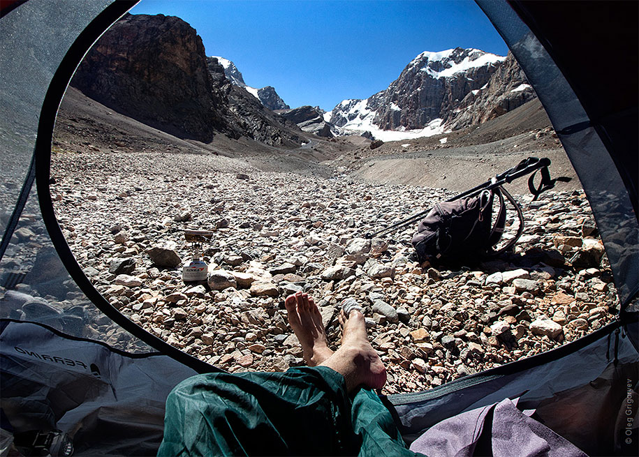 morning-views-from-the-tent-travel-photography-oleg-grigoryev-9