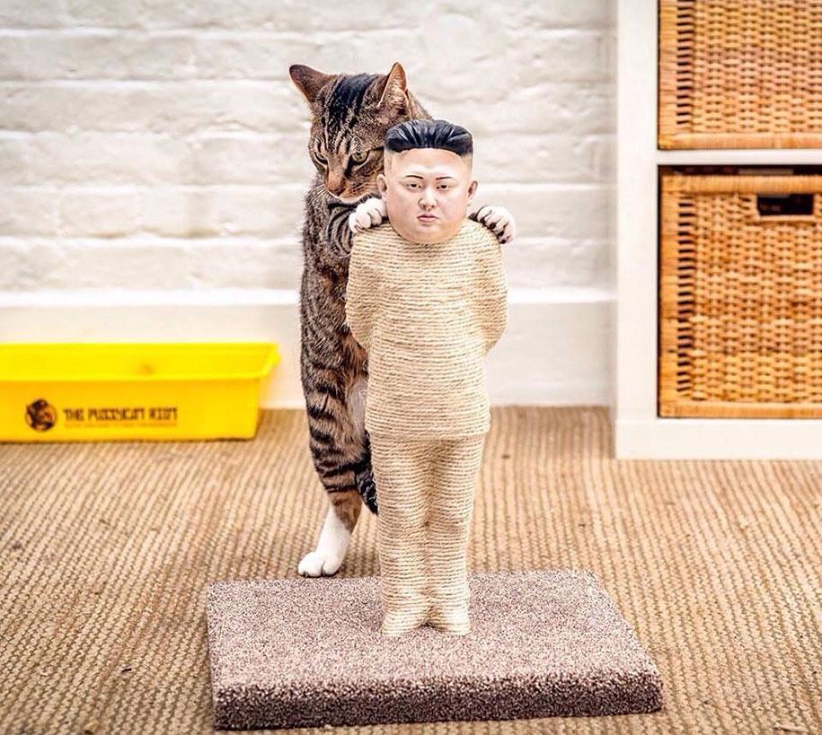 putin-kim-jong-un-cat-scratching-posts-protest-pussycat-riot-4