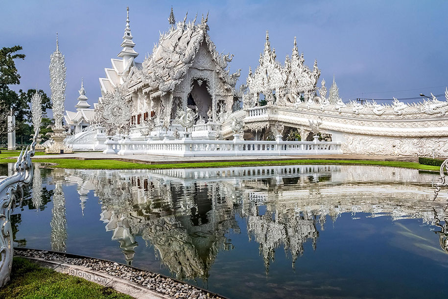 white-temple-wat-rong-khun-buddhist-thailand-architecture-3