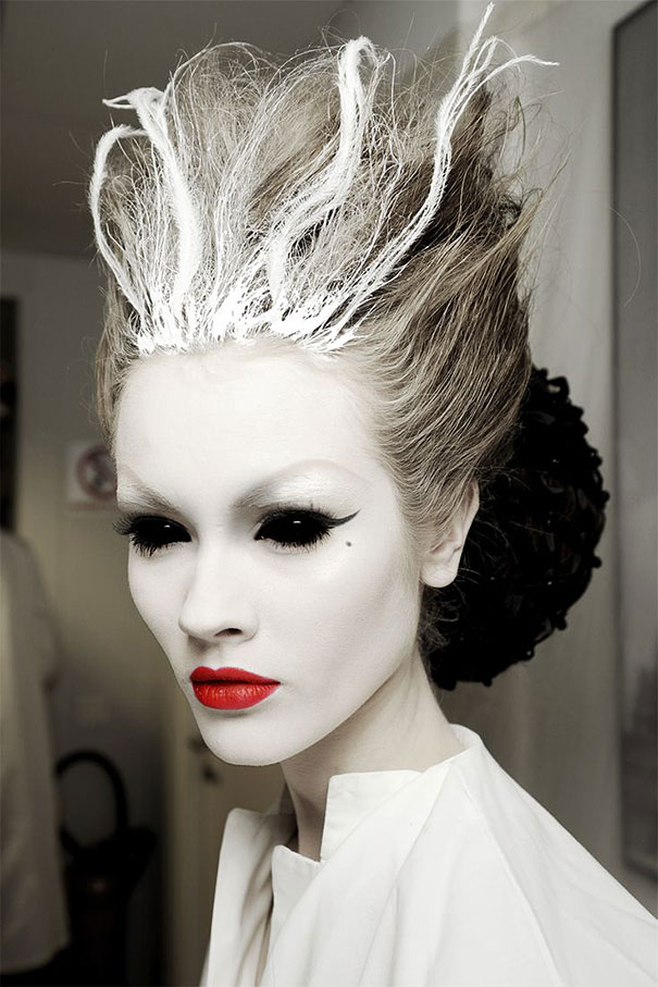 creepy-halloween-make-up-creative-ideas-2