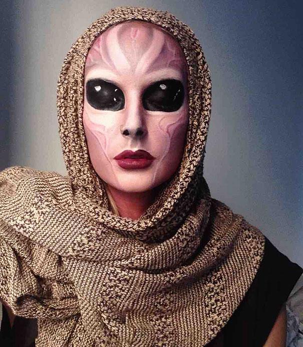 creepy-halloween-make-up-creative-ideas-21