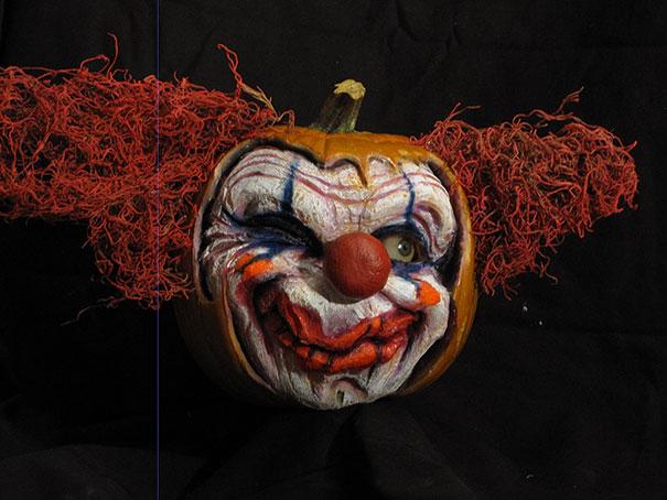 creepy-pumpkin-carvings-jon-neill-6