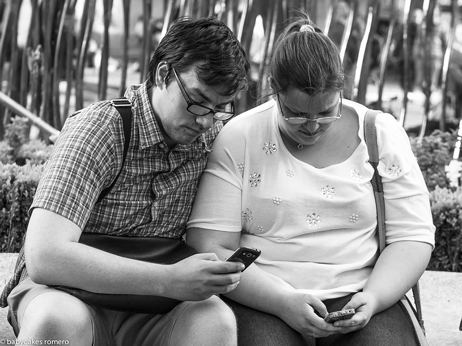 death-of-conversation-smartphone-obsession-photography-babycakes-romero-7