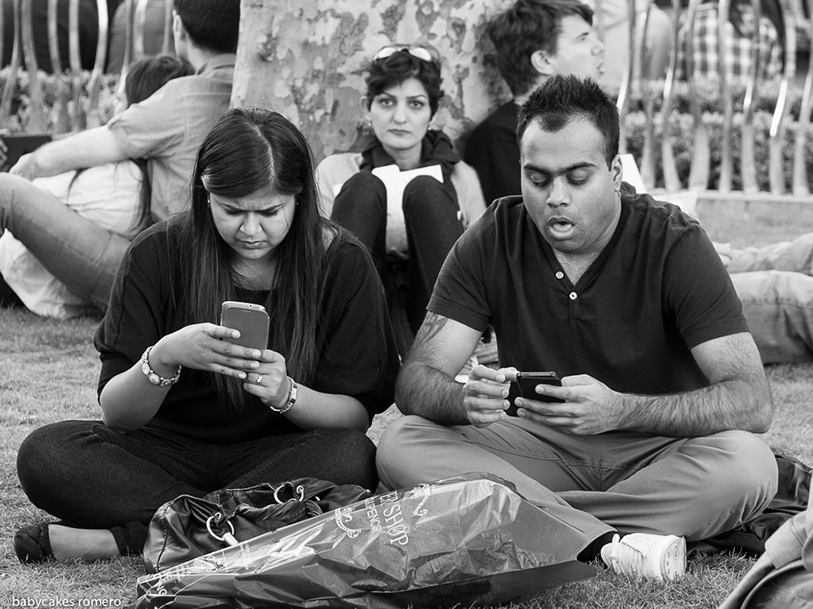 death-of-conversation-smartphone-obsession-photography-babycakes-romero-9