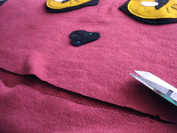 diy-cat-mouth-zipper-sweater-hellovillain-12