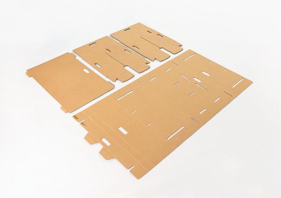 refold-portable-cardboard-standing-desk-2