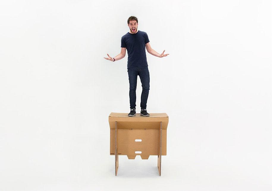 refold-portable-cardboard-standing-desk-3