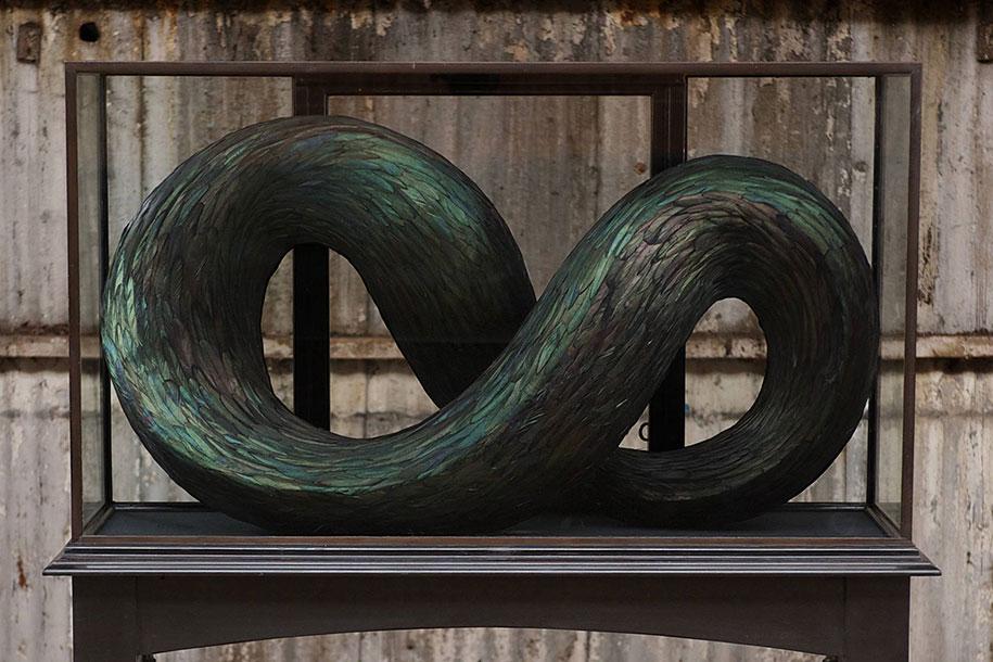 bird-feather-sculpture-art-kate-mccgwire-10