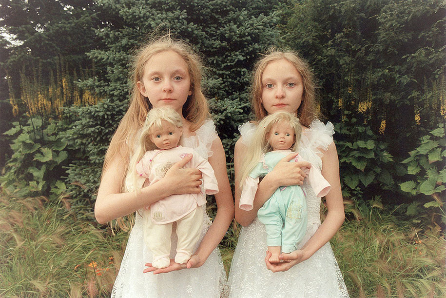 iceland-identical-twins-erna-hrefna-photography-ariko-inaoka-6