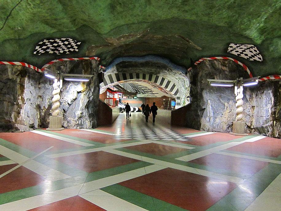 impressive-metro-subway-underground-stations-11