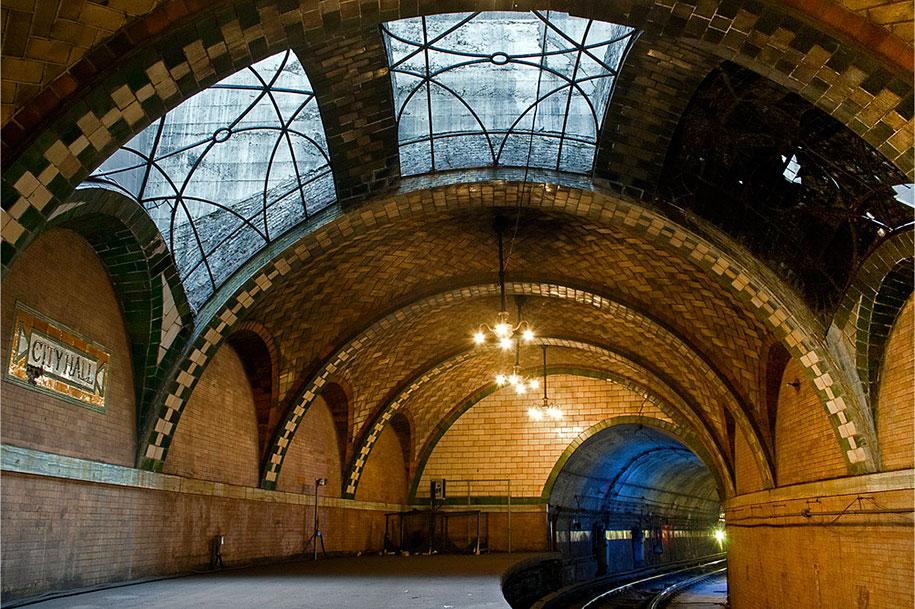 impressive-metro-subway-underground-stations-18