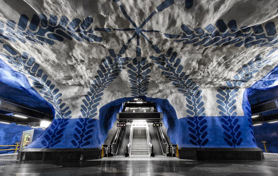 impressive-metro-subway-underground-stations-28