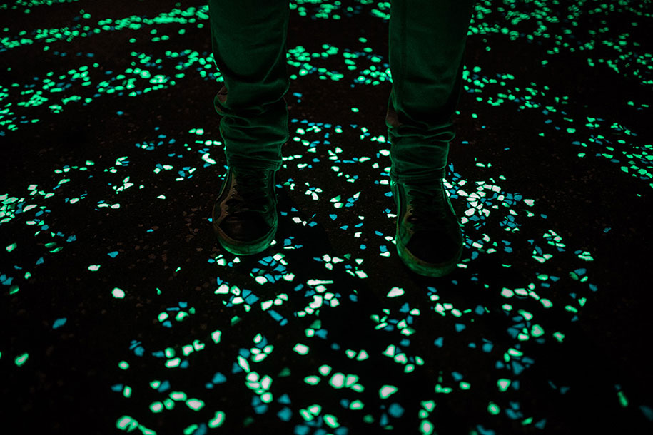 led-glowing-van-gogh-bicycle-path-nuenen-netherlands-daan-roosegaarde-7