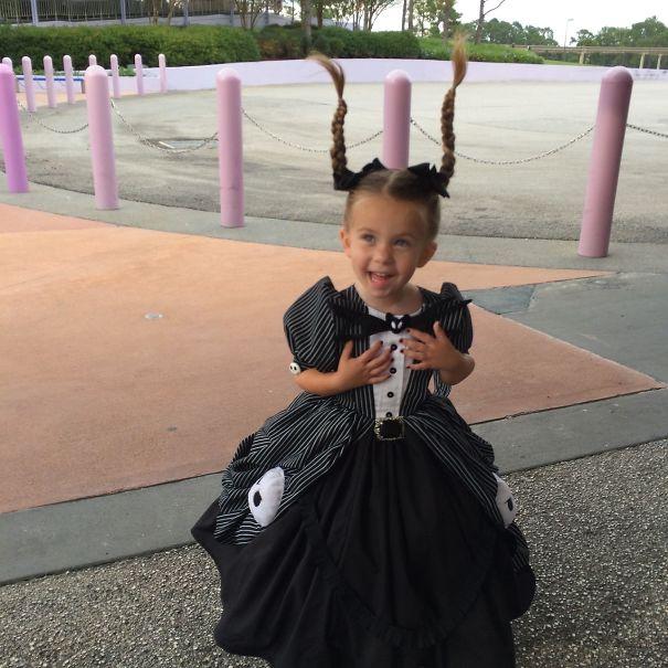 little-girl-disney-character-costume-design-2