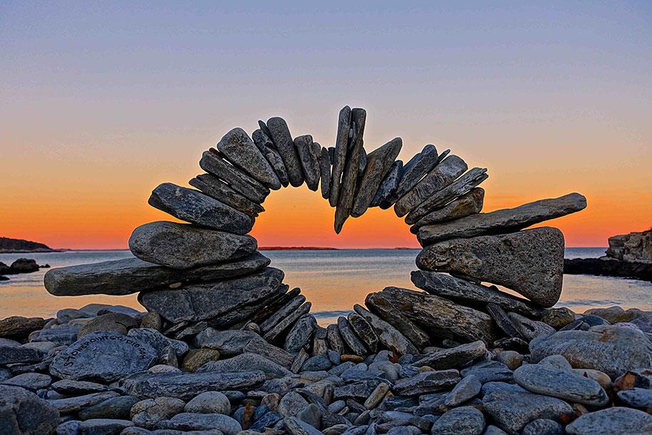 natural-art-public-intallation-stones-david-allen-1