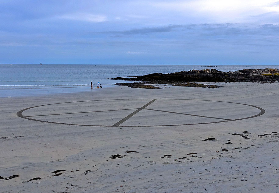 natural-art-public-intallation-stones-david-allen-4