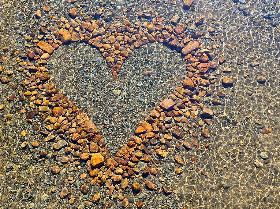 natural-art-public-intallation-stones-david-allen-5